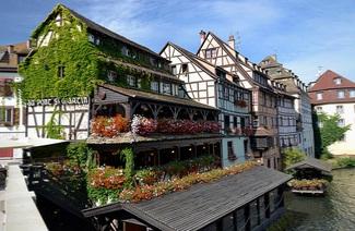 Quelle pente ont les toits d'Alsace ?