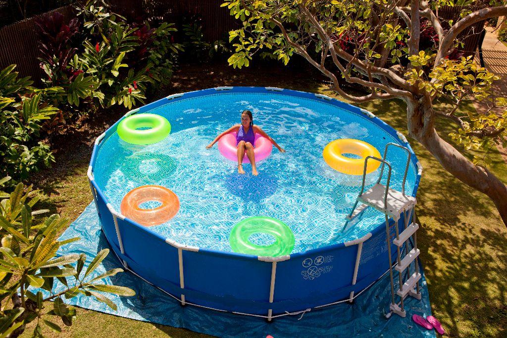 Ce qu'il faut savoir avant d'investir dans une piscine hors sol