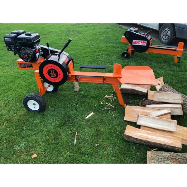 Avec quelle fendeuse de buche allez-vous casser du bois ?