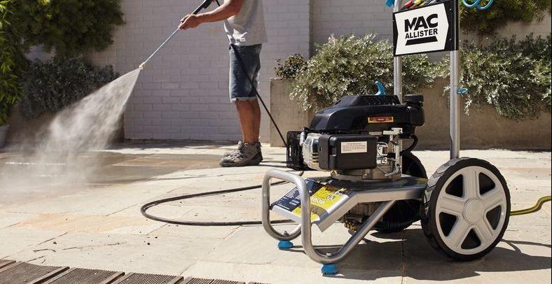 Conseils pour choisir son nettoyeur à haute pression thermique !